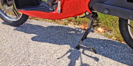 Jetson Bike Pedal Kickstand